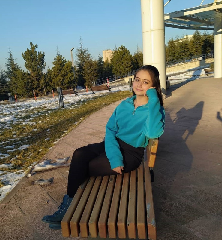 <strong>SİMAY YADE ÜNVER</strong><br>